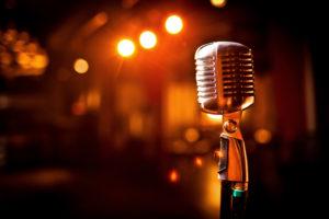 Imagem de microfone antigo